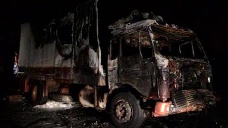 В Минске сгорел грузовик «Мерседес 1415»