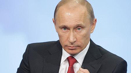 Путин раскритиковал действия правительства в ситуации с дальнобойщиками