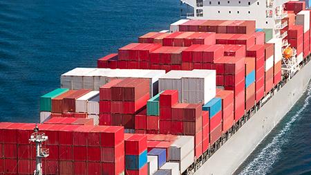 Контейнерооборот морских портов Украины в 2015 году упал на 28,2%