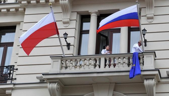 Россия и Польша согласовали контингент разрешений для автоперевозчиков до конца 2018 года