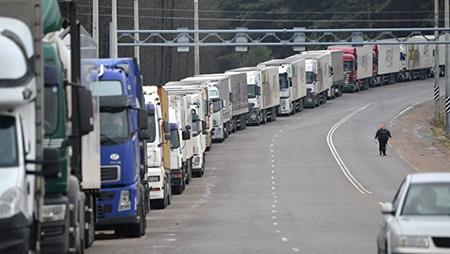 На границе Литвы и Беларуси образовалась очередь из грузовиков