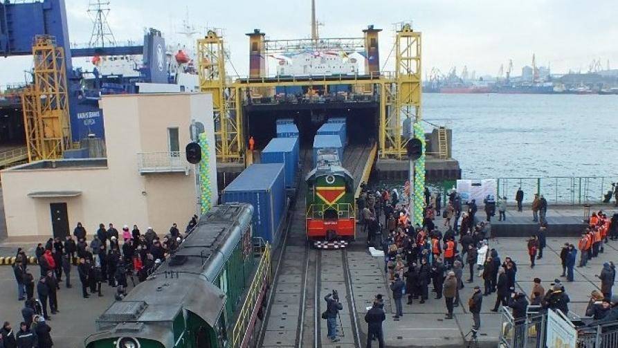 Перевозка контейнеров по украинскому «Шелковому пути» стала дешевле почти на 30%
