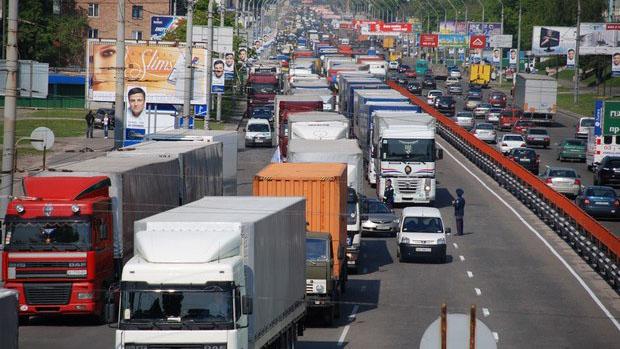 В России соблюдение ПДД 12-тонниками будет контролировать новая система