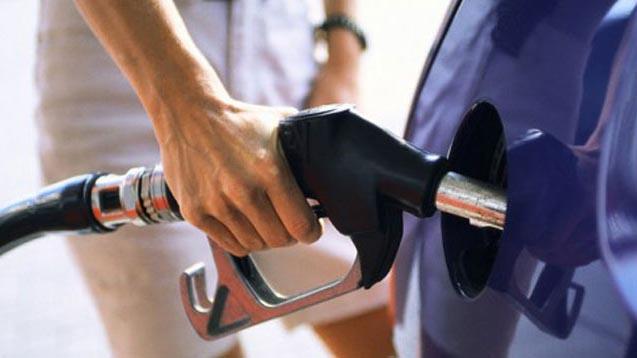 Продажи бензина на АЗС у западной границы выросли на 10-15%