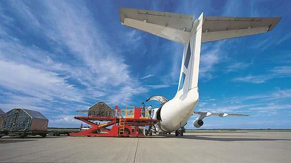 Грузовые перевозки российских авиакомпаний за январь-август 2016 года выросли на 1,3%
