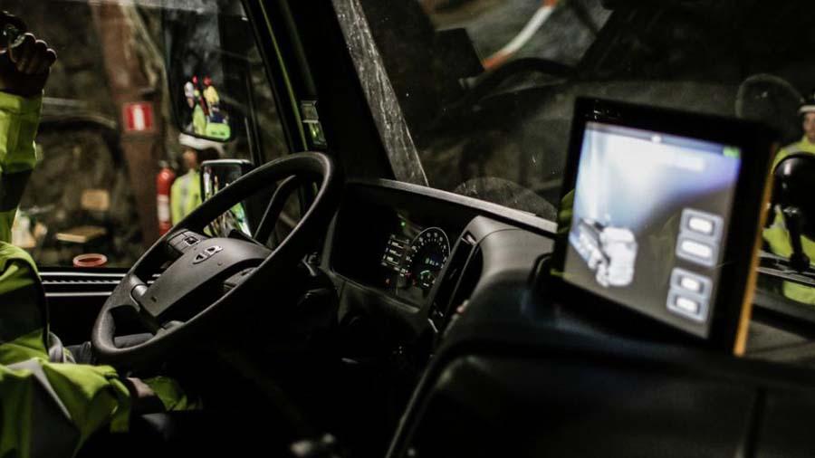 Volvo будет тестировать беспилотные автомобили в Лондоне под видом обычных машин