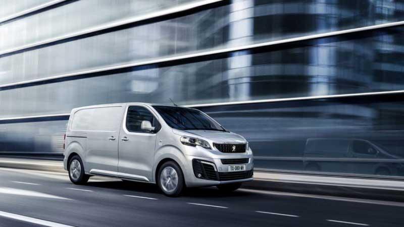 Peugeot запустит в России продажи нового фургона Expert