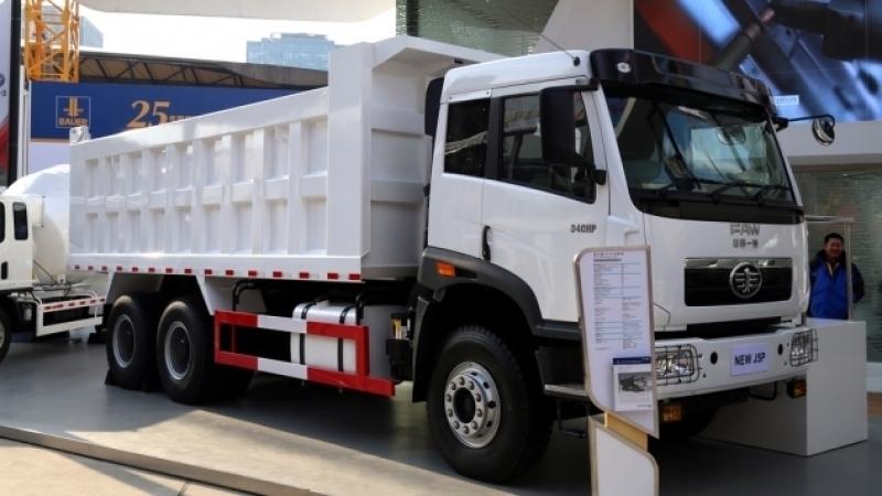 Российско-китайские грузовики начнут производить в Приморье уже весной