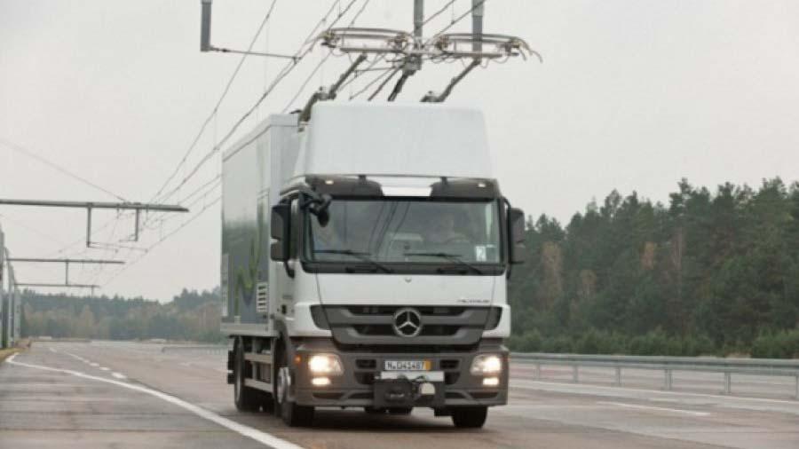 В США начали строить сеть для грузовиков-троллейбусов