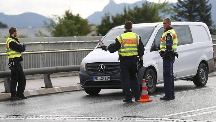 Германия на время восстановит пограничный контроль со странами ЕС
