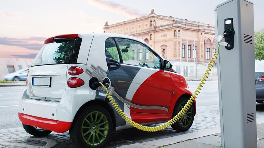 Владельцев электромобилей в ЕАЭС предлагают освободить от уплаты транспортного налога