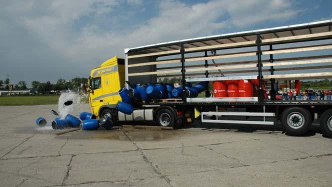 Сегодня вступили в силу новые правила крепления грузов в Польше