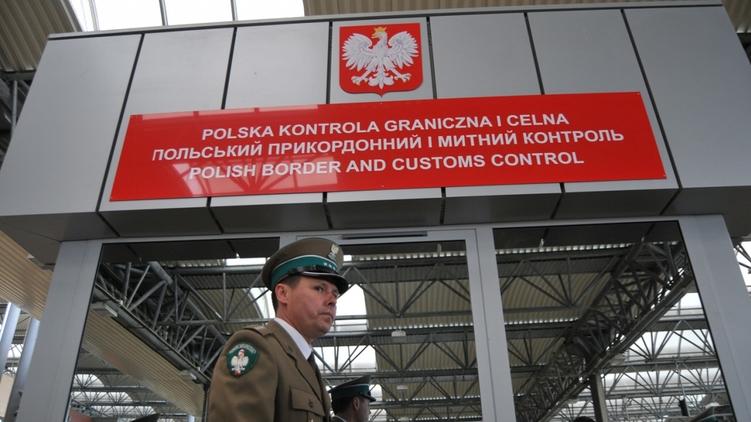 Ограничение в 200 литров топлива на границе Польше: законопроект отправили на доработку