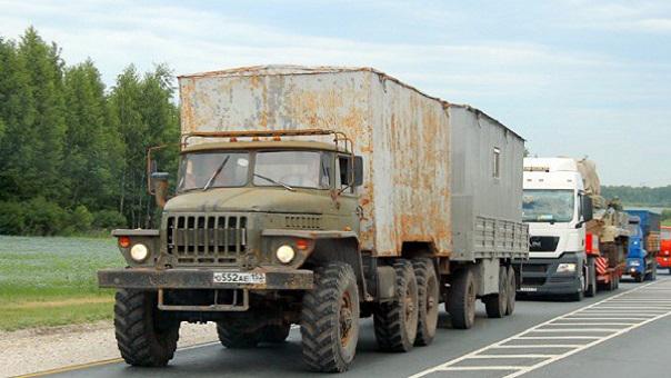 2 рубля 4 копейки: проезд грузовиков по российским дорогам подорожал — но протестов больше нет