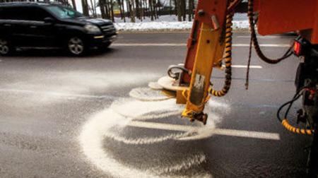 ВМинске продолжат сыпать надороги соль, ноеенегативное воздействие постараются снизить