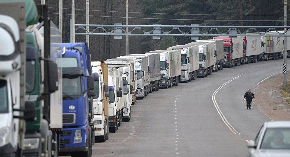 Литва надеется, что в ЕП поймут ущерб от возврата грузовиков для рынка и экологии