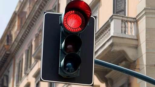 КоАП требует пересмотра в части повышения штрафов за проезд не по правилам