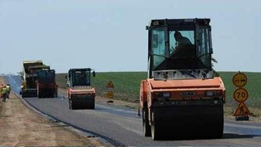 В Пинском райисполкоме поделились планами летнего сезона по ремонту районных дорог