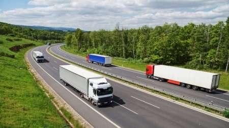 Сотрудники таможни пресекли незаконный провоз ячменя в Беларусь