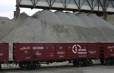 Первая грузовая компания сообщила о повышении спроса на перевозку строительных материалов в летний период