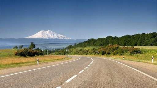 Под Гудермесом в Чечне началась активная стадия строительства дороги Р-217 «Кавказ»