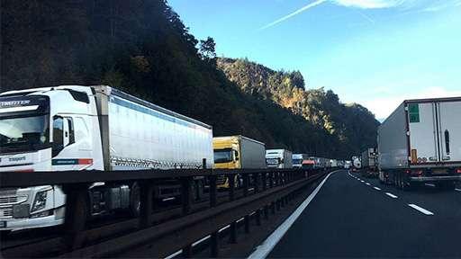Министерство транспорта Тюрингии планирует к 2028 году увеличить парковки для грузовиков