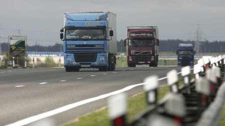 В Беларуси падают объемы грузовых и пассажирских перевозок