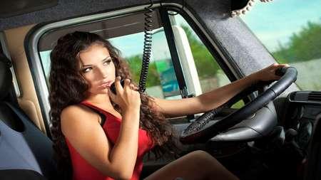 В США разрешат водить грузовики с 18 лет