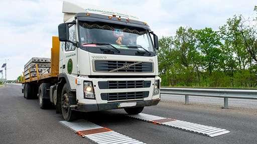 Украина вводит круглосуточный весовой контроль грузового транспорта