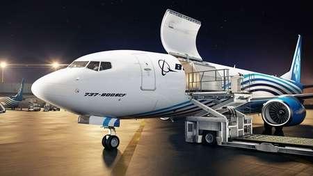 Новый грузовой Boeing 737-800 BCF готовят к полетам в г. Гуанчжоу