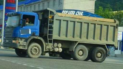 На двух улицах Ростова введён запрет на движение грузового транспорта